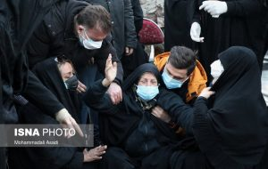 علی انصاریان در کنار پدر آرام گرفت+تصاویر غمگین