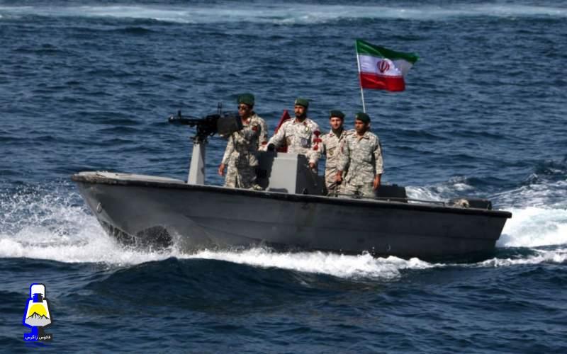 دشمن در خلیج فارس خوراک کوسهها خواهد شد